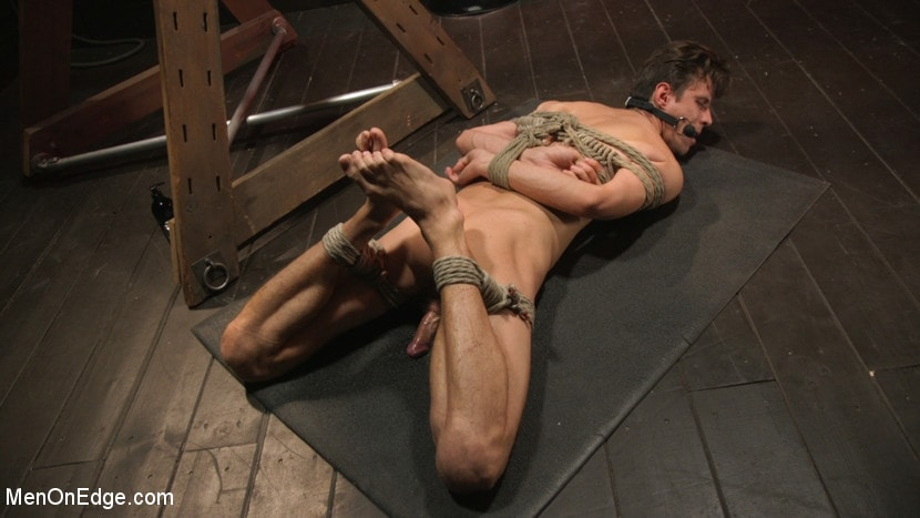 Alex Chandler - Shy Quiet Type, Alex Chandler Can Barely Hold His Load | Picture (13)