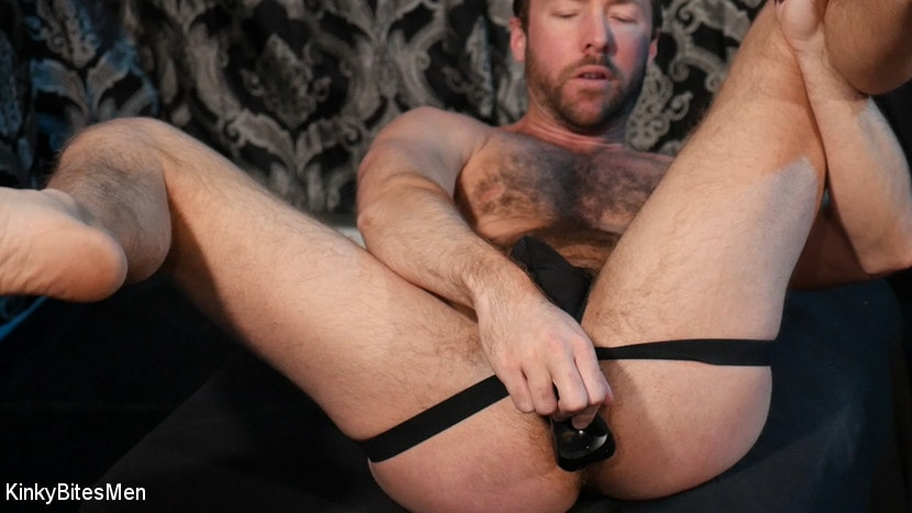 Alex Hawk - Alex Hawk:Handsome Stud Takes Daddy's Dick for You | Picture (11)