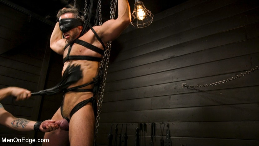 Alex Mecum - KinkMen Presents CONSTRAINED: Athletic Men Bound, Punished, and Edged | Picture (12)