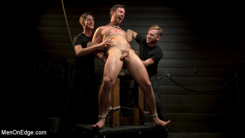 Alex Mecum - KinkMen Presents CONSTRAINED: Athletic Men Bound, Punished, and Edged | Picture (19)