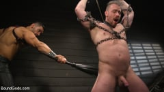 Arad Winwin - Heavy Handed: Arad Winwin Flogs, Fucks and Fists Blake Hunter | Picture (3)
