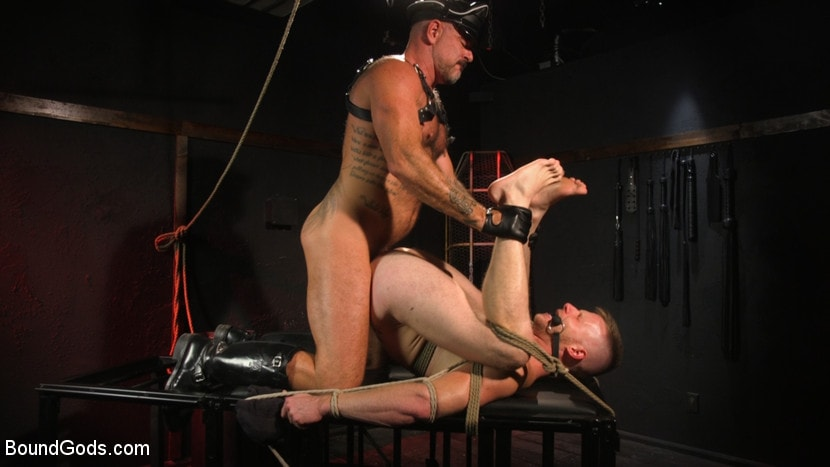 Brian Bonds - Pig Whore: Brian Bonds gets beat and worships Daddy Dyer's boots, feet | Picture (14)