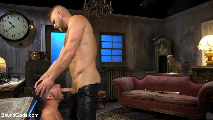Casey Everett - Extra Innings: Casey Everett Abducted and Fucked by Logan Stevens | Picture (11)
