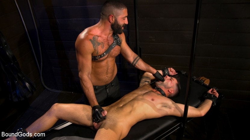 Casey Everett - My God Sharok: Casey Everett Worships New Leather-Clad Master | Picture (10)