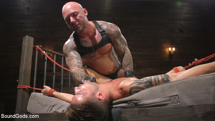 Casey Everett - Stepdaddy's Dungeon | Picture (9)