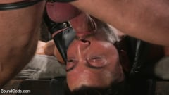 Casey Everett - Stepdaddy's Dungeon | Picture (15)