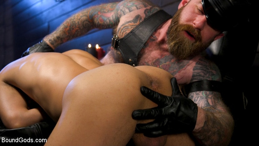 Chance Summerlin - Muscular Leather Daddy Smokes Cigars and Brutally Fucks Submissive Boy | Picture (6)
