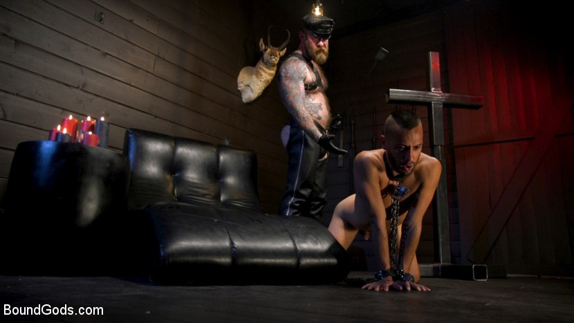 Chance Summerlin - Muscular Leather Daddy Smokes Cigars and Brutally Fucks Submissive Boy | Picture (9)