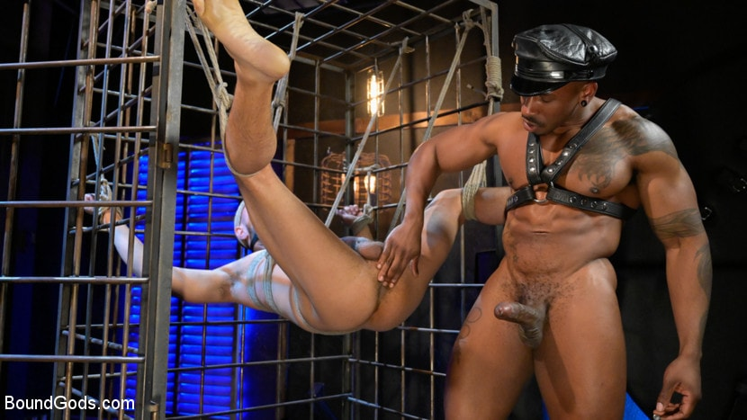 Chance Summerlin - Rat in a Cage: Chance Summerlin Serves Leather Muscle God Max Konnor | Picture (13)