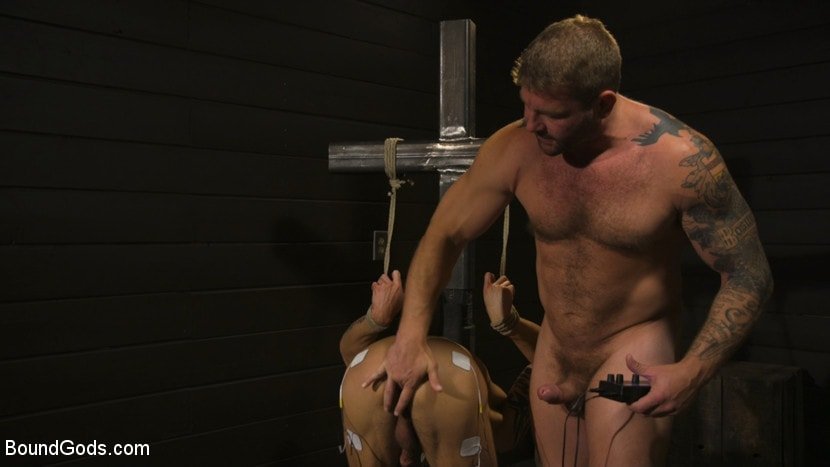 Colby Jansen - Fuck toy Casey Everett gets used by beefcake Colby Jansen | Picture (7)