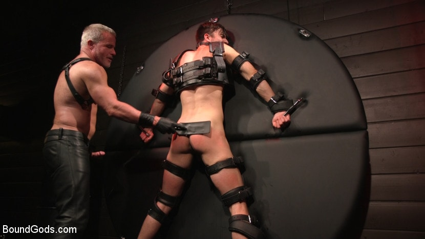 Dale Savage - Muscle Daddy Dale Savage Punishes Big-Dicked Mason Lear | Picture (24)