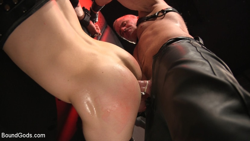 Dale Savage - Muscle Daddy Dale Savage Punishes Big-Dicked Mason Lear | Picture (26)