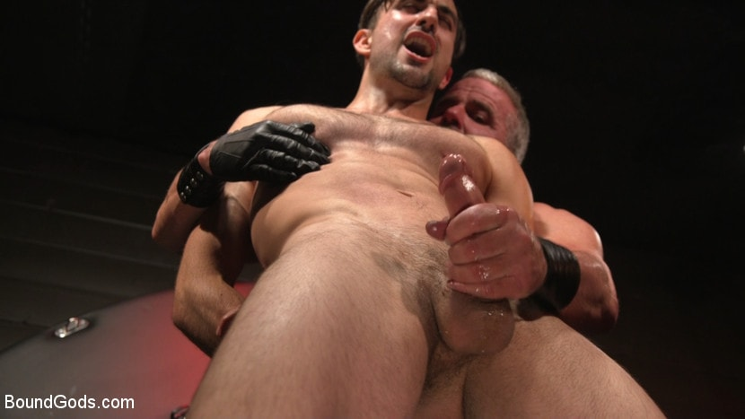 Dale Savage - Muscle Daddy Dale Savage Punishes Big-Dicked Mason Lear | Picture (33)
