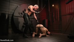 Dale Savage - Muscle Daddy Dale Savage Punishes Big-Dicked Mason Lear | Picture (3)