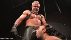 Dale Savage - Muscle Daddy Dale Savage Punishes Big-Dicked Mason Lear | Picture (7)