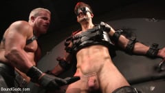 Dale Savage - Muscle Daddy Dale Savage Punishes Big-Dicked Mason Lear | Picture (17)