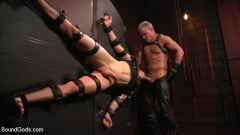 Dale Savage - Muscle Daddy Dale Savage Punishes Big-Dicked Mason Lear | Picture (20)