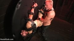 Dale Savage - Muscle Daddy Dale Savage Punishes Big-Dicked Mason Lear | Picture (25)