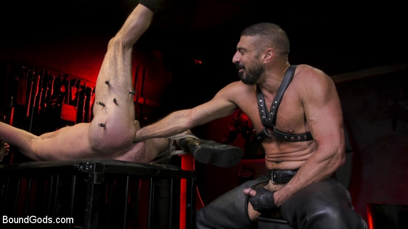 Dale Savage - Power Fuck: Hot Leather Men Inflict Muscle Domination and Intense Pain | Picture (18)