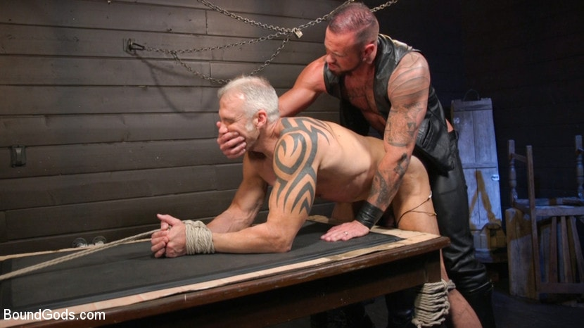 Dallas Steele - Serve Your Master: Michael Roman Shows Dallas Steele Who's In Charge | Picture (21)