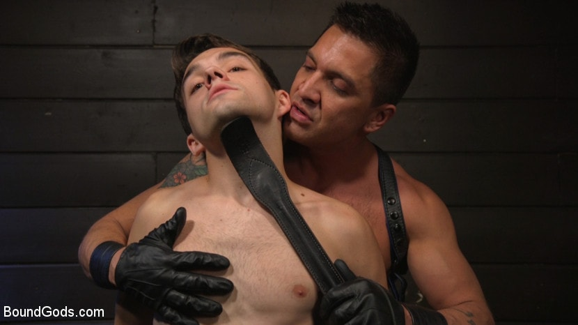 Dominic Pacifico - Obedient Slave, Marcus Rivers Serves Dominic Pacifico | Picture (5)