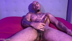 King Noire - Kink Noire: Beneath Your King | Picture (3)