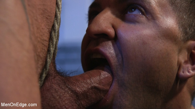 Michael Roman - Indecent Exposure: Muscle Stud Michael Roman Gets His Hard Cock Milked | Picture (7)