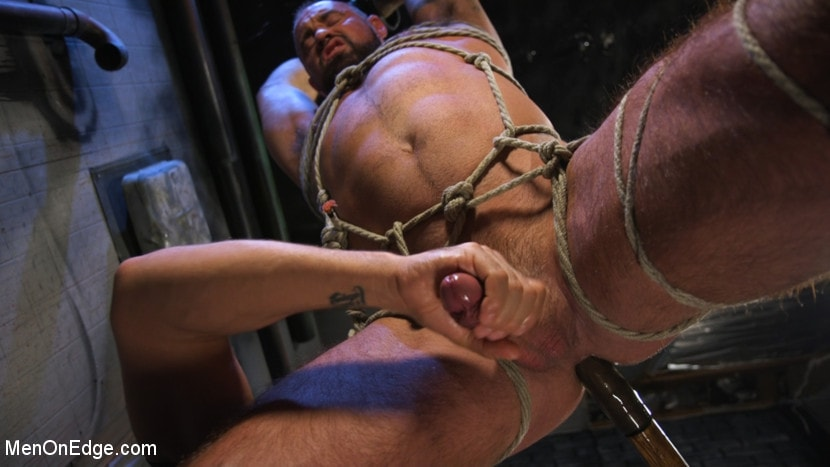 Michael Roman - Indecent Exposure: Muscle Stud Michael Roman Gets His Hard Cock Milked | Picture (14)