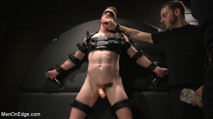 Nick Fitt - Inside, Sideways, Upside Down: Nick Fitt Gets Edged Every Which Way | Picture (17)