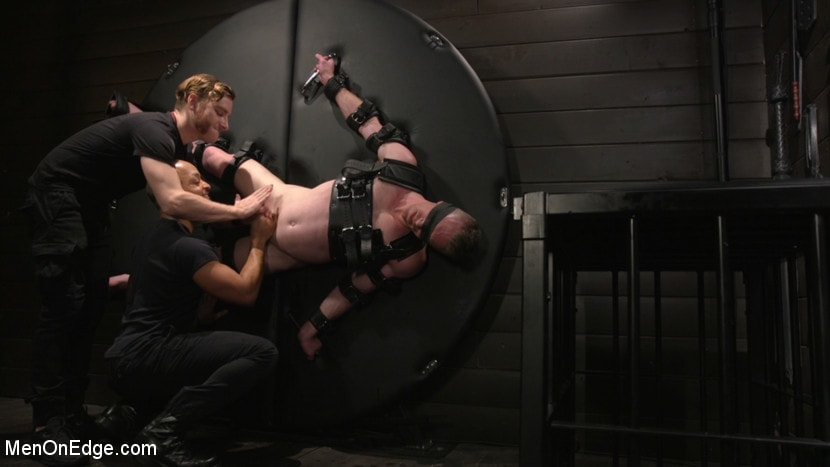 Nick Fitt - Inside, Sideways, Upside Down: Nick Fitt Gets Edged Every Which Way | Picture (22)