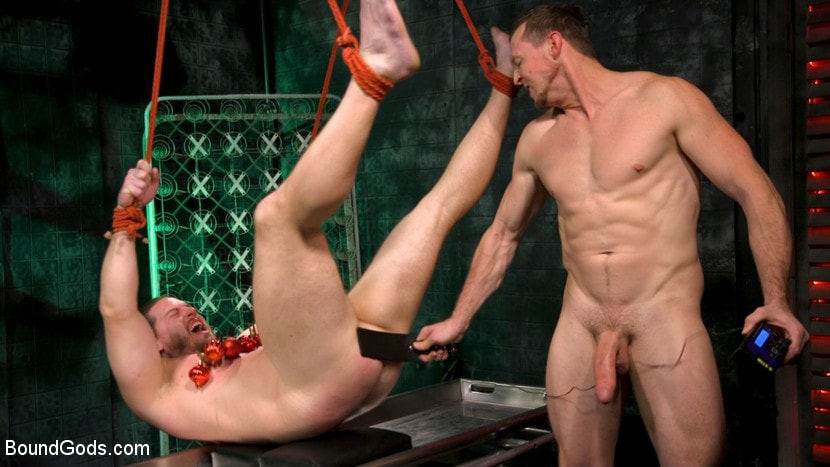 Pierce Paris - Straight Stud Bound and Terrorized to Relive HOLIDAY HORROR Abduction | Picture (9)