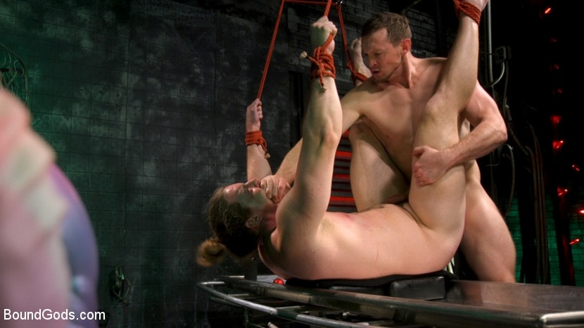 Pierce Paris - Straight Stud Bound and Terrorized to Relive HOLIDAY HORROR Abduction | Picture (15)