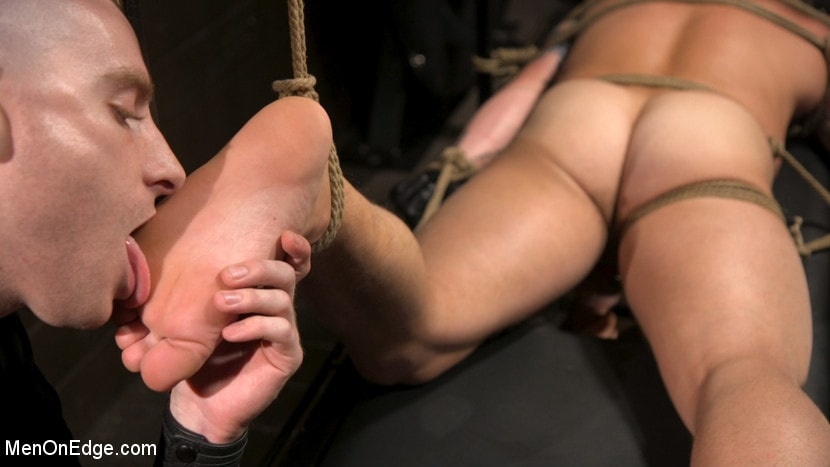 Riley Mitchell - Roped In: Muscle Dom Riley Mitchell Bound and Edged | Picture (15)