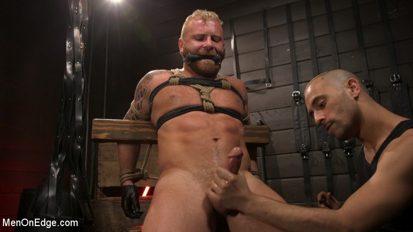 Riley Mitchell - Roped In: Muscle Dom Riley Mitchell Bound and Edged | Picture (21)