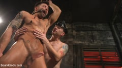 Sebastian Keys - A Hard Place: Casey Everett Tormented And Fucked In Full Suspension | Picture (26)