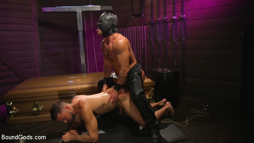 Sebastian Keys - The Slave, His Master, and Their Gimp | Picture (9)