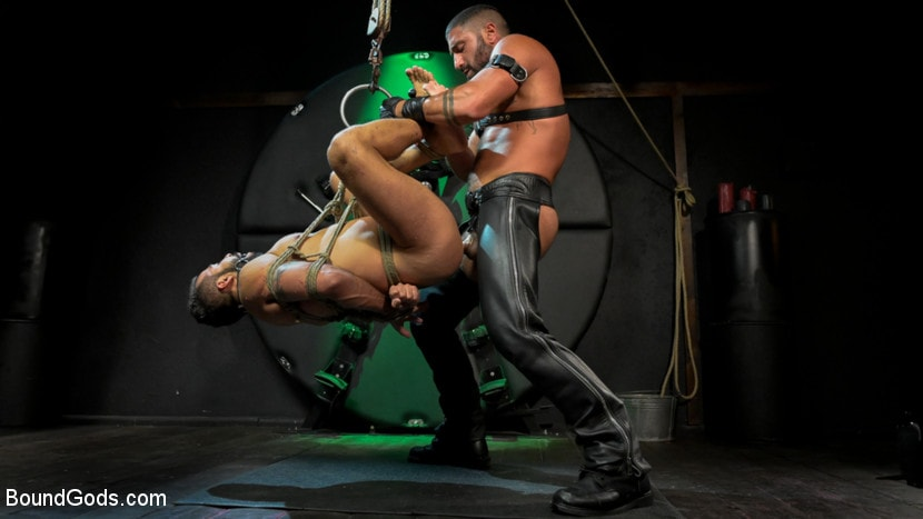 Sharok - Franco Gets FUCKED: New Slave Flogged and Fucked by Sharok | Picture (2)