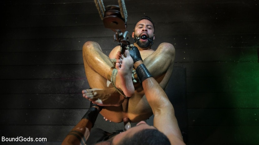 Sharok - Franco Gets FUCKED: New Slave Flogged and Fucked by Sharok | Picture (4)