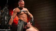 Tobias - The Torment of Tobias: Muscle hunk submits to Michael Roman | Picture (13)