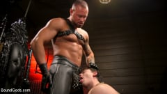 Tobias - The Torment of Tobias: Muscle hunk submits to Michael Roman | Picture (17)