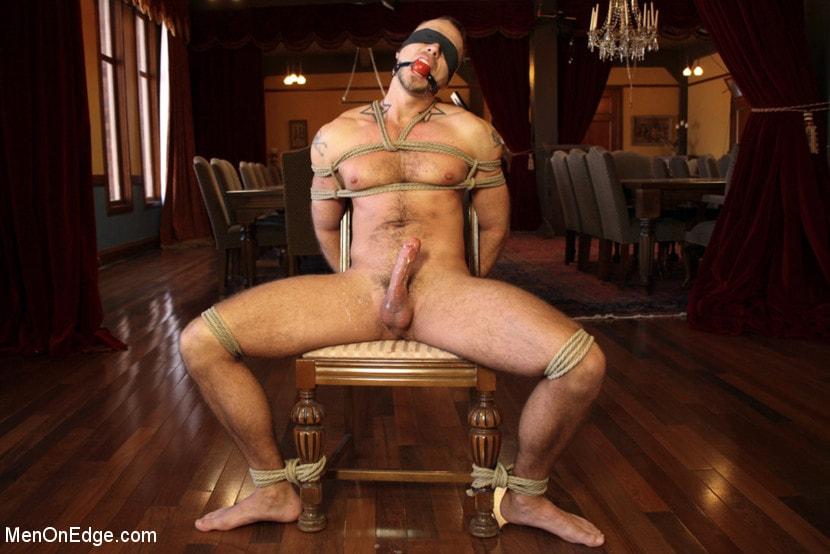 Muscle Hot Naked Bondage Men Gay Cody Gets